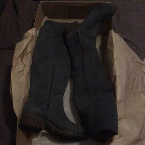 Lucky Brand grey harleen wide calf boots.Brand new